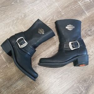 Harley Davidson black leather moto riding boots